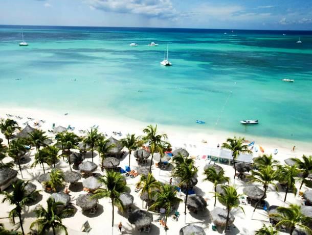 Eye-Catching Aruba Resort