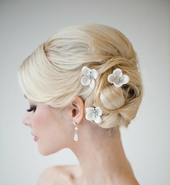 Gorgeous Wedding Hair ♥ Sleek Wedding Bun