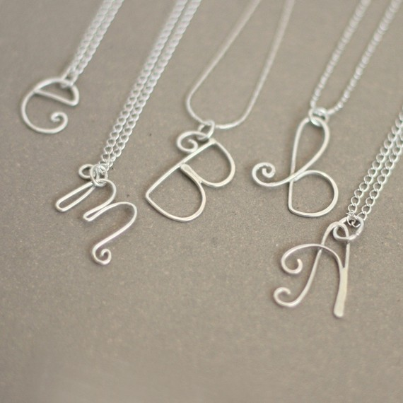 initial necklace. personalized initial in sterling silver. bridesmaid