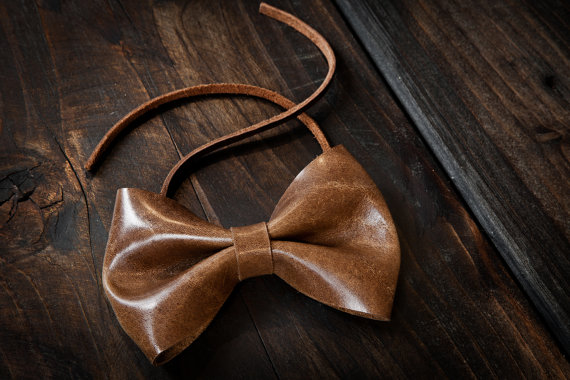 Classic Bow Tie in British Tan