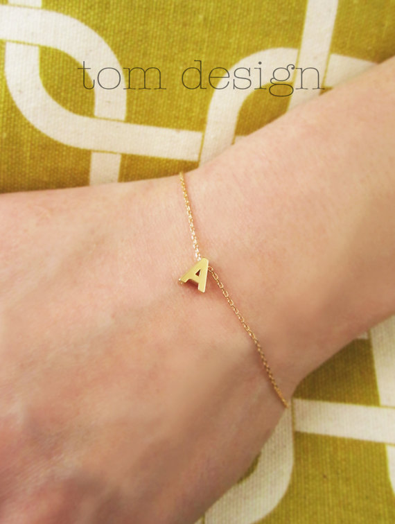 Tiny Gold Initial Bracelet – Gold Letter Charm Bracelet Custom Bridesmaid Gift Personalized Wedding Graduation Minimalist Monogram