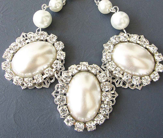 Vintage Bridal Jewelry Pearl Necklace Bridal Wedding Jewelry Bib Statement Necklace Bridesmaid Necklace Single Strand