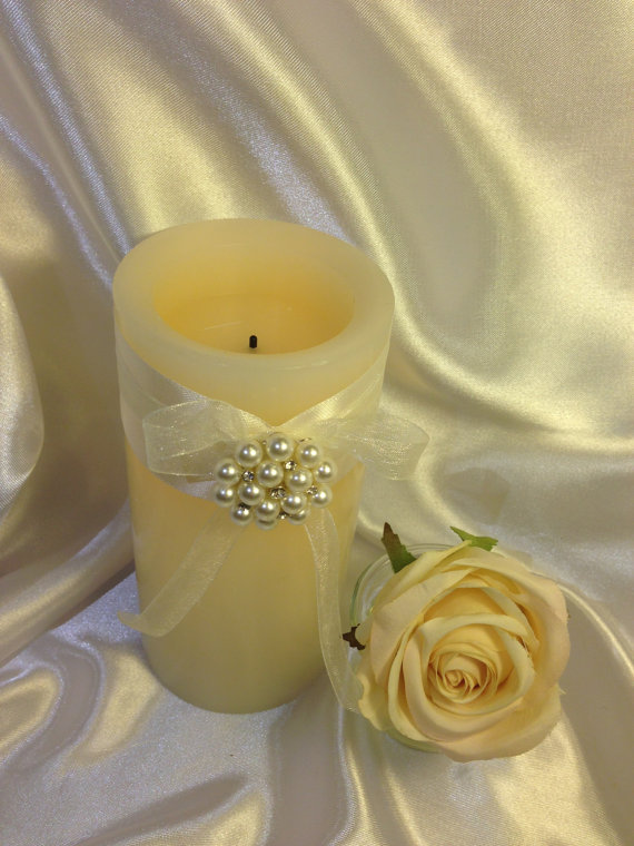Flameless Wedding Candles / Wedding candles centerpieces / Flameless real wax pillars / Vanilla Scent real wax flameless candles / Candles