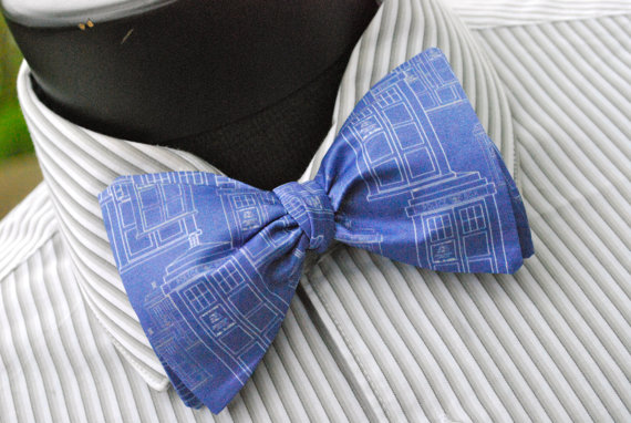 Doctor Who – Silk Freestyle Bow Tie