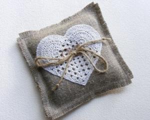 Ring pillow with crochet heart, burlap ring bearer pillow, wedding ring pillow