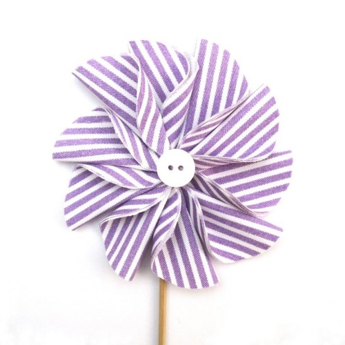 ding Crafts: How to Make a Fabric Pinwheel Flower