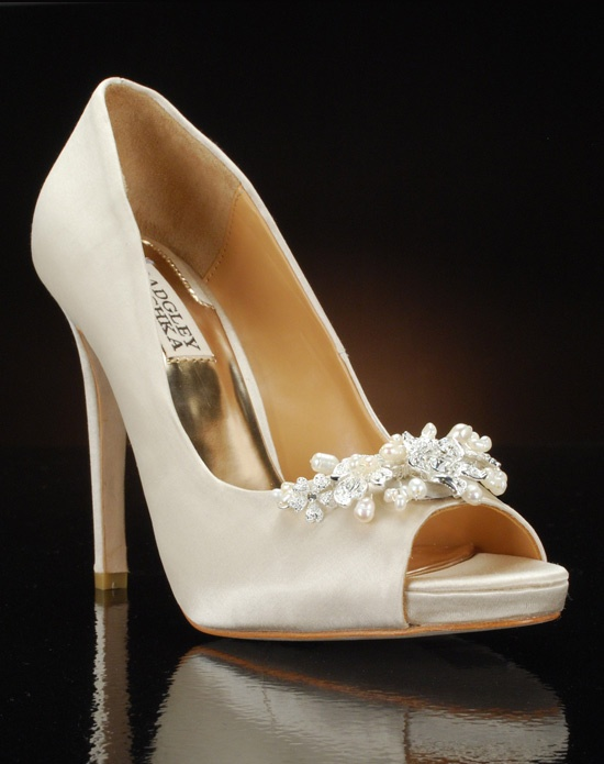 Peep toe platform pump with crystal and pearl embellishment