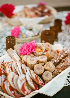 Homespun Confections Enlist your friends and family to contribute their homemade confections with a sweet candy bar.