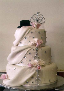 Shangri-La: Unique Wedding Cake