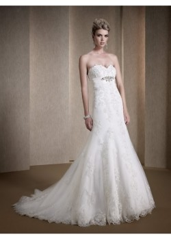 Romantic Sleeveless Chapel Train Lace-up Sweetheart Bridal Wedding Dress
