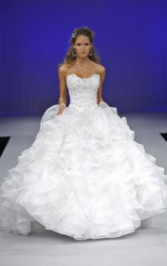 Amazing Long Strapless Wedding Dresses
